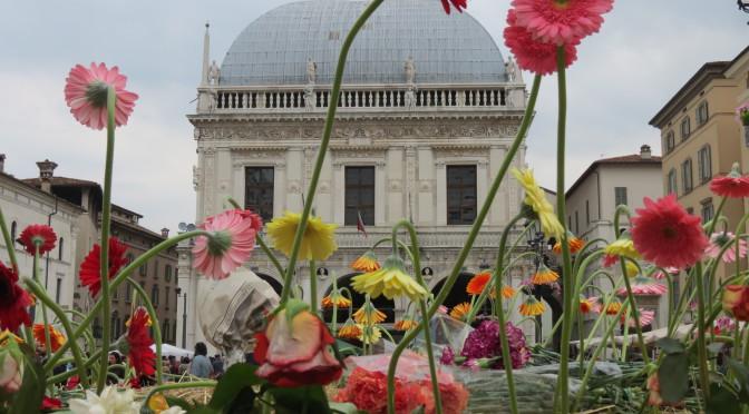 28 maggio: NO TAV BRESCIA presenti in Piazza della Loggia