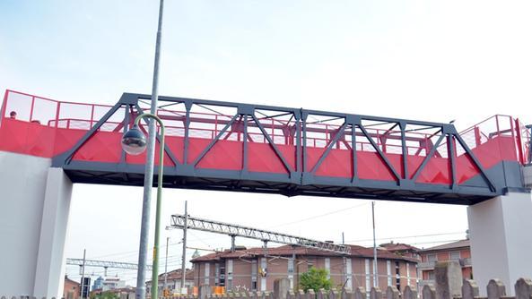Brescia – passerella di via Brozzoni: a loro piace agire nell'illegalità!