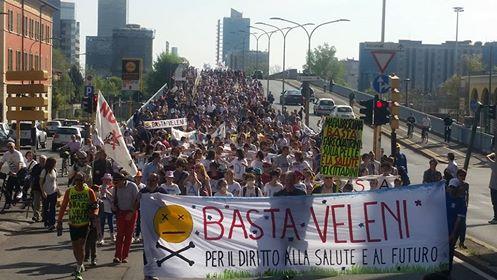 10 aprile: un fiume di persone in marcia a Brescia per il diritto alla salute e al futuro!