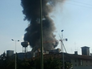 incendio-alfa-acciai-16082011-300x225