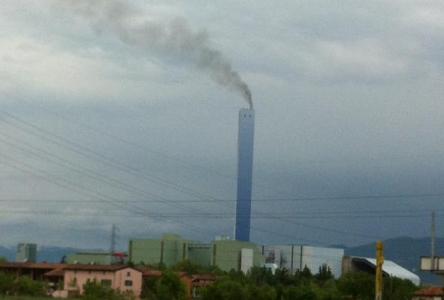 inceneritore-brescia-fumata-nera-diossine