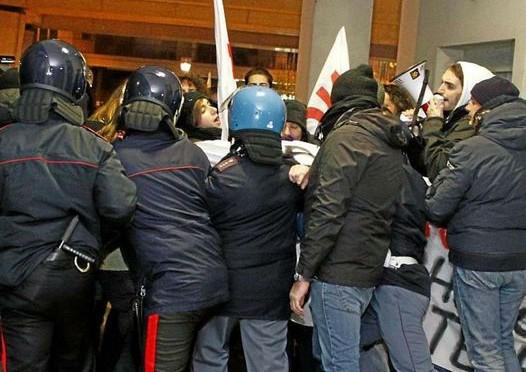 Esposito non parla a Brescia: la Val Susa ringrazia i bresciani.