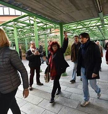 Nicoletta Dosio arrestata al presidio in solidarietà agli imputati del maxi processo NO TAV dopo più di 30 giorni di evasione dai domiciliari!