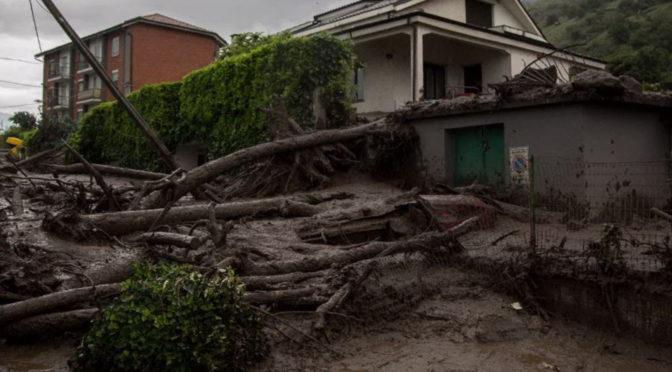 Con la rabbia nel cuore solidarietà alla Val Susa colpita dalle frane di fango